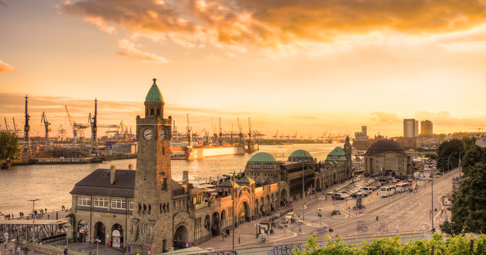 Hamburg Harbour Tour English Guide